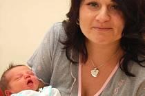 Prvním letošním miminkem se stal Jan Filip z Vlašimi. Svět poprvé spatřil v 11.30 ve čtvrtek 1. ledna. Maminka Jana, tatínek a o patnáct let starší brácha měli z chlapečka, který měřil 50 cm a vážil 3200 gramů, velkou radost