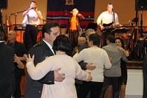 Hasičský ples v Červeném Újezdu.