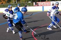 Vlašimští hokejbalisté si poradili i s doma s Letohradem 3:1 a stále vévodí tabulce extraligy.