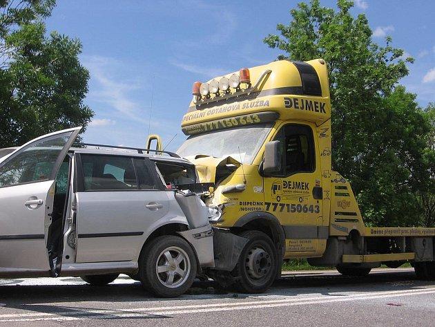 Dopravní nehoda U Topolu.