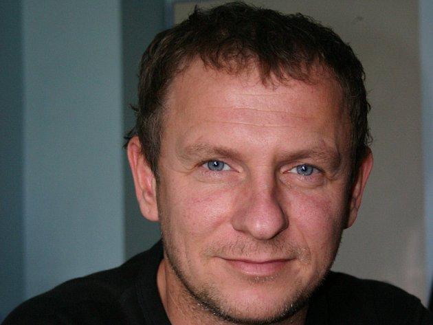 Provozovatel Vostrova Ladislav Lauryn.