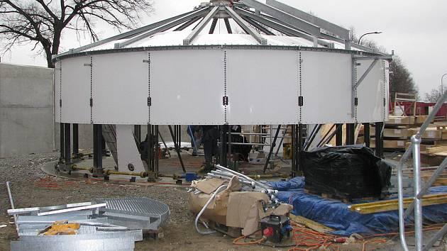 Přibyšice, výstavba zařízení anaerobní digesce.
