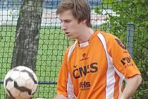 Sportovec roku 2012 Benešovska Ladislav Štěpař i celý tým Šacungu Benešov po parádním začátku začíná kupit porážky.