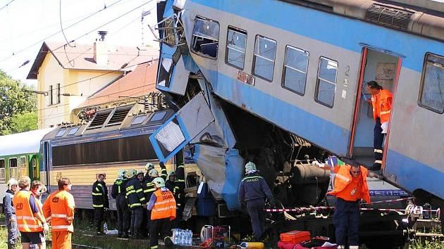 Ke střetu vlaků na čerčanském nádraží došlo dopoledne v sobotu 14. července