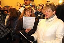 Advent, to je i zpívání koled.