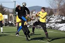 Přípravný fotbalový zápas Benešov - Chýnov 2:0.