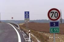 Úsek dálnice D3 mezi Čekanicemi u Tábora a Meznem byl otevřený 17. prosince 2007.