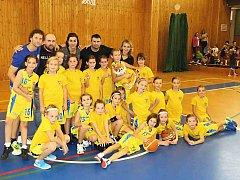 Basketbalistky U10 BC Benešov.