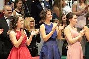 Maturitní ples studentů oktávy Gymnázia Benešov.
