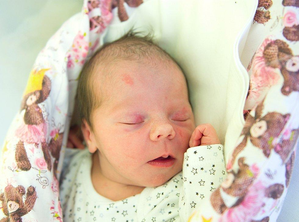 Eliška Krejčárková se narodila v nymburské porodnici 2. května 2021 v 18.02 hodin s váhou 3040 g a mírou 47 cm. V Čelákovicích bude holčička vyrůstat s maminkou Lenkou, tatínkem Ivanem a brášky Tomášem (8 let) a Kryštofem (6 let).