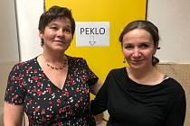 Starostka Sboru dobrovolných hasičů Nespery Marie Kahounová (vlevo) s další členkou spolku Ivou Sadílkovou.