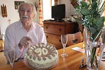 Lubomír Kostelka oslavil v březnu 2017 devadesáté narozeniny.