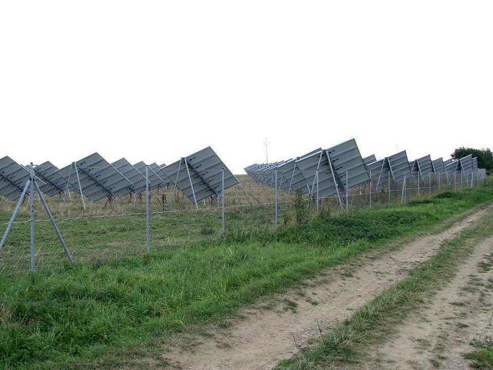 Solární elektrárna v Břežanech