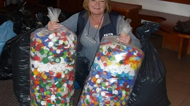 Ředitelka benešovského domu dětí a mládeže má z výsledku sbírky ohromnou radost.