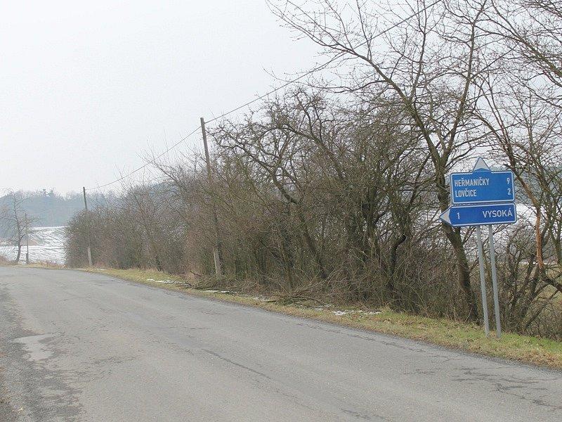 Záměr vybudování čtyř větrných elektráren u Kosovy Hory - farmu postaví vpravo od silnice Kosova Hora -Heřmaničky.