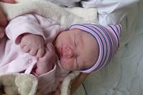 Amálie Vosecká se narodila 8. dubna 2021 v kolínské porodnici, vážila 3405 g a měřila 51 cm. V Tuchorazi ji přivítal bráška Šimon (3) a rodiče Michaela a Vladimír.