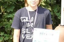 Dvanáctiletý šachista Vlašimi Robin Hrdina vybojoval na Mistrovství České republiky v Malenovicích stříbrnou medaili.
