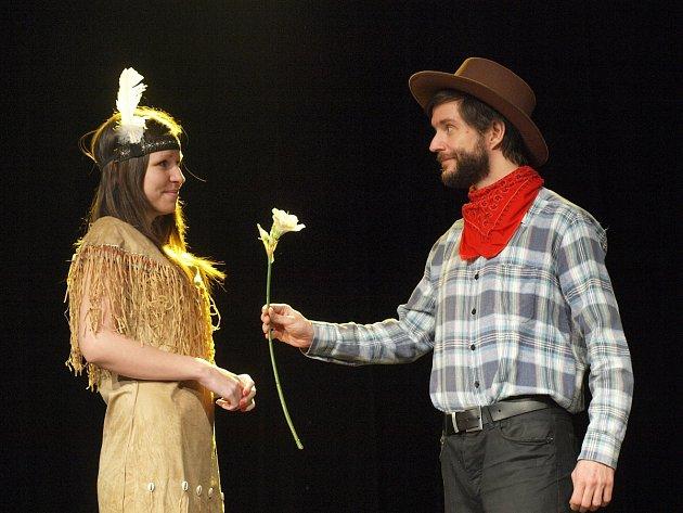 Pražští ochotníci ve Vlašimi poprvé odehrají hru Vinetú.