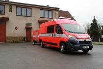 Nový zásahový vůz poslouží dobrovolným hasičům z Divišova. Městys na pořízení dostal dotaci od ministerstva i Kraje.