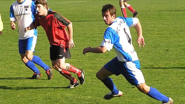 Martin Jíša z vlašimského béčka (vpravo) byl u prvního gólu domácích.
