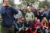 V Budeníně nejprve odvolili, pak se radovali s hasiči při výlovu vlastního rybníka.