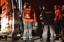 V Hradištku u případu ženy uprchlé z psychiatrické léčebny zasahovali polisté, zdravotníci i hasiči.
