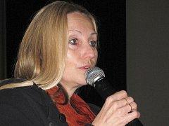 Ilustrační foto: Kdo zavítal v pátek 17. července na zahajovací den festivalu, litovat nemusel. Zúčastnila se ho totiž i Olga Sommerová, která si po projekci svého filmu s přítomnými o snímku popovídala.