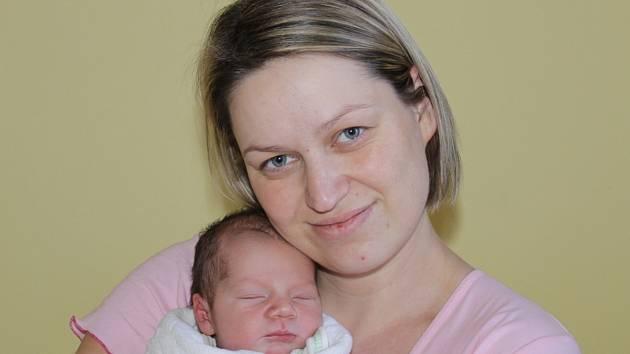 Manželé Petra a Jan Štíchovi z Libouně se 14. února v 8.42 stali rodiči prvorozeného syna Patrika. Sestřičky v porodnici mu navážily 3,23 kilogramu a naměřily 50 centimetrů.