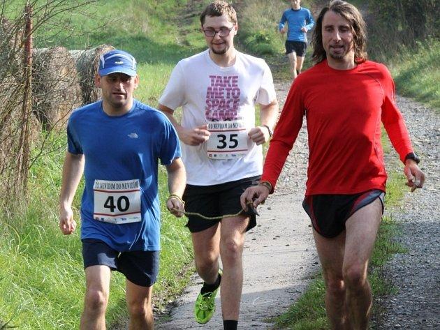 Jan Říha (vlevo) charitativní běh nejen pořádá, ale sám se ho i pravidelně účastní.