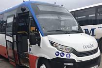 Minibus Městské hromadné dopravy v Benešově.