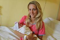 Malá Vanessa Korešová se narodila 2. října ve 2.58 rodičům Nikole Krupkové a Jiřímu Korešovi. Při narození měla 3 160 gramů a 47 centimetrů. Doma ve Voticích na sestřičku čeká bratříček Patrik (2).