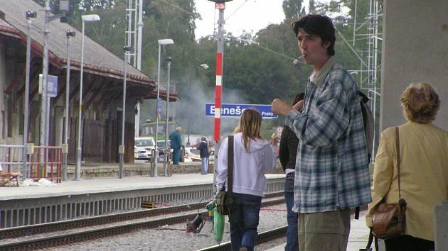"""Kouření na peroně řeší přímo """"antitabákový"""" zákon."""