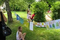 Vyvrcholením ekologických aktivit dětí MŠ Týnec je výstava.