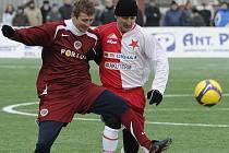 Michal Horňák si zahrál ve sparťanském dresu i silvestrovské derby se Slávií Praha, teď ale již přemýšlí jako trenér, jak zachránit Vlašim ve Fotbalové národní lize.