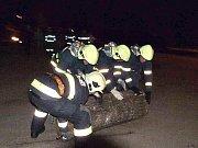 Noční cvičení hasičů v Jankově.