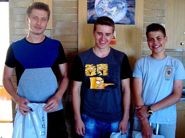 Loňští vítězové v kategorii SŠ z Gymnázia Jiřího z Poděbrad v Poděbradech Střední Čechy