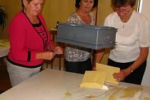 Poslední minuty voleb 2012 a začátek sčítání hlasů v Bystřici.