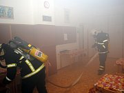 Dobrovolní hasiči zasahovali cvičně na turistické základně.