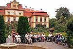 Kromě zahraničních turistů nyní památky postrádají také zájezdy škol nebo domovů důchodců.Ti kvůli obavám z  nákazy zatím na hrady a zámky nemíří. Foto: