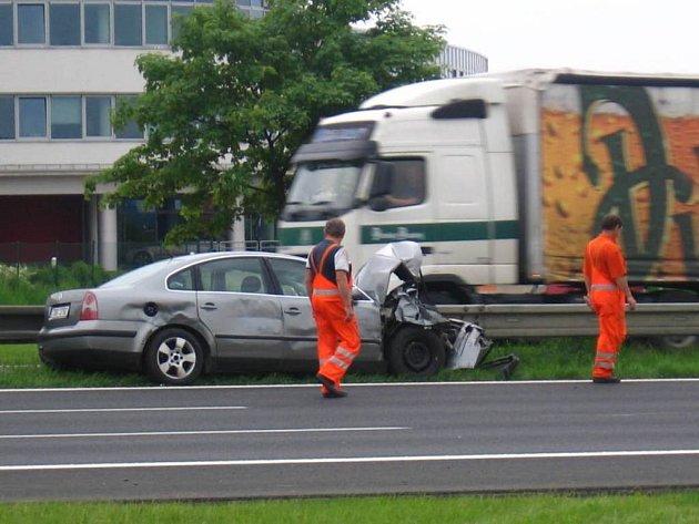 Dopravní nehoda na 16. kilometru dálnice D1