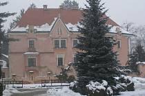 Česko zpívá koledy se uskuteční nedaleko zámku ve Vrchotových Janovicích.