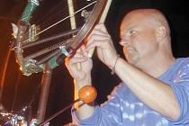 Bubeník Pavel Fajt v akci