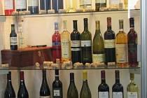 Ilustrační foto: Dražšího alkoholu se senior nedotkl