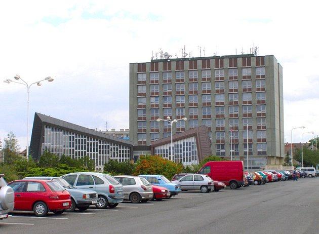 Kladenské pracoviště ČVUT se nachází v budově Kokosu na Sítné.