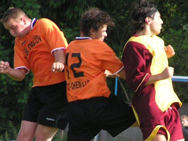Vasil Jalaghonia (vpravo) si údajně vybral v Gruzii nového spoluhráče.