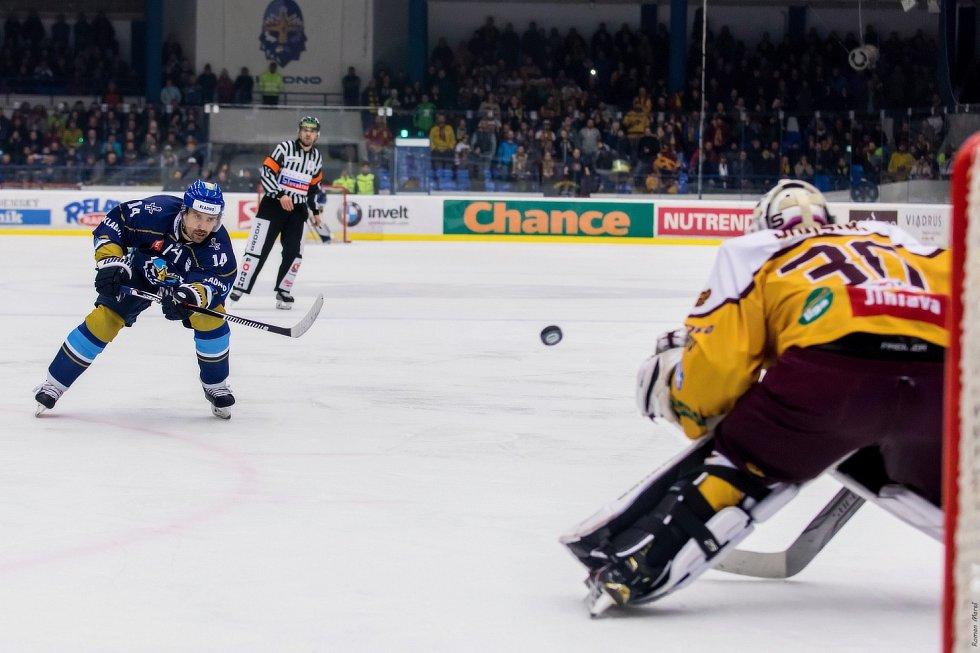 Kladno - Jihlava 5:1. Třetí semifinále vyšlo domácím.