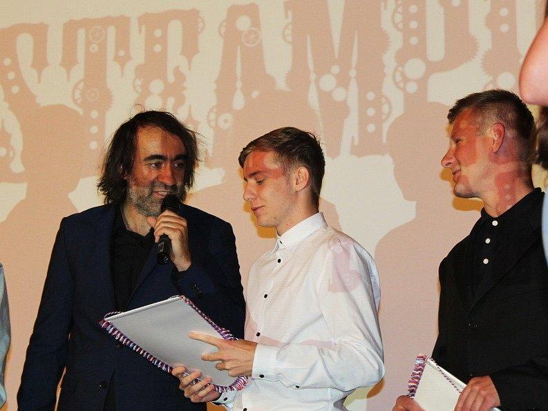 Losovací aktiv SKFS v Národním domě na Smíchově vedl šéf svazy Miroslav Liba, moderovali Jakub Kohák a Pavel Čapek.
