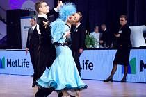 Tanečník ze Dříně Jan Burant a jeho taneční partnerka Klára Faltusová z Prahy.