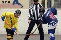 Zkušený Pavel Kolek pískal v soutěžích dospělých v okrese pouze 18 zápasů.
