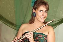 ŽOFIE VOKÁLKOVA se svým oblíbeným hudebním nástrojem – flétnou.